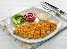 Cornflakes schnitzel (CC Eng Sub) Chicken Recipes, Grains, Rice, Beef, Meals, Cooking, Tableware, Kitchen, Food Ideas