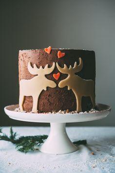 cutest damn cake ever! // marzipan moose mousse cake recipe
