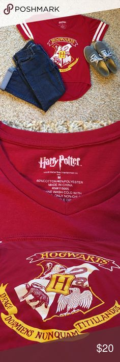 Cute high-low Hogwarts top Super cute red Hogwarts top. Perfect for any Potter Head in need of a trendy top. Worn only a handful of times and in excellent condition! Tops Tees - Short Sleeve