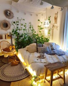 Bohemian bedroom and interior design ideas . - Bohemian bedroom and interior design ideas - Dream Rooms, Dream Bedroom, Home Bedroom, Garden Bedroom, Master Bedroom, Bohemian Bedroom Decor, Bedroom Inspo, Bedroom Ideas, Boho Style Decor