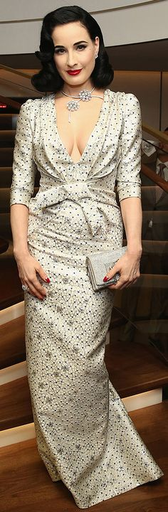 Dita Von Teese was beyond elegant in this Carolina Herrera dress