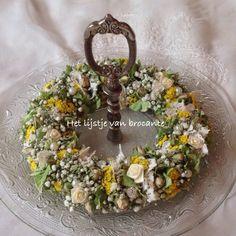 My homemade summer wreath......