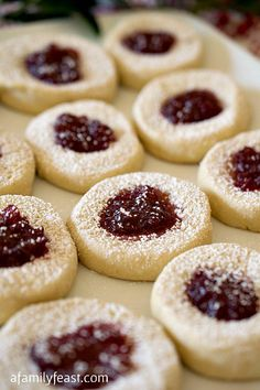 Pasta Frolla Christmas Jam Cookies - A simple cookie made with a classic 'pasta frolla' Italian pastry dough.