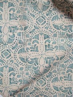 Sandoval Ariel medallion block print fabric from Lacefield Designs. Heavy slub linen is perfect for upholstery, drapery or any home decorating project. Fabric Board, Chair Fabric, Drapery Fabric, Fabric Decor, Linen Fabric, Fabric Design, Pattern Design, Hand Printed Fabric, Printed Curtains