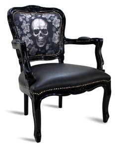 Decor I love for Jody Diamond - Skull chair Skull Furniture, Gothic Furniture, Funky Furniture, Furniture Chairs, Gothic Chair, Casa Mix, Goth Home, Skull Decor, Gothic Home Decor