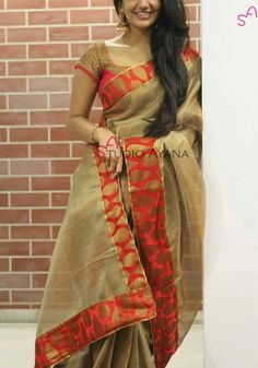 Saree Blouse Patterns, Sari Blouse Designs, Designer Blouse Patterns, Designer Dresses, Indian Dresses, Indian Outfits, Saree Dress, Chiffon Saree, Indian Beauty Saree