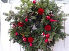 Acorn Wreath, Twig Wreath, White Wreath, Holiday Wreaths, Holiday Gifts, Christmas Gifts, Holiday Decorations, White Pine Cone, Large Christmas Wreath