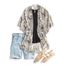 like the kimono, black T, and sandals / june-month-of-outfits-nocopy22