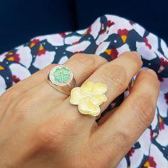 Inspirasjonsbilder fra Opro - norske emaljesmykker Enamel Jewelry, Jewellery, Druzy Ring, Cufflinks, Rings, Handmade, Accessories, Jewels, Schmuck
