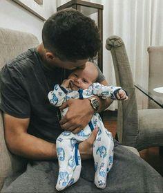 Cute Baby Boy, Cute Little Baby, Little Babies, Cute Kids, Cute Babies, Cute Family, Baby Family, Family Goals, Family Kids