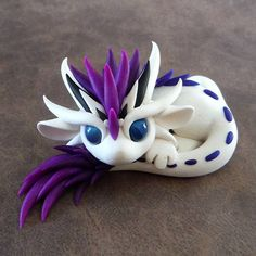 White & purple adoribel dragon
