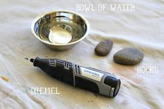 Materials needed to carve rocks with a Dremel - How to Tutorials Diy Dremel Bits, Dremel Drill, Dremel Carving, Dremel Rotary Tool, Wood Carving, Dremel 3000, Stone Carving Tools, Dremel Tool Projects, Craft Projects