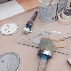 Este sábado... Taller de #chalkpaint  para que aprendas las técnicas básicas con la #pintura de #anniesloan. Te animas? #galeriapurpura #tiendataller #tiendasconencanto #decor #mueblespintados #mueblesrecuperados #chalkpaintpaisvasco #chalkpaintonline