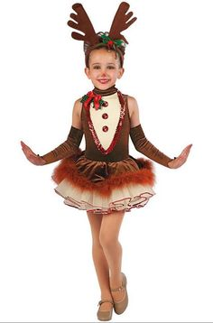 christmas costumes ideas Found o - christmascostumes Costume Halloween, Reindeer Costume, Cute Costumes, Christmas Costumes, Costume Ideas, Christmas Tutu, Girls Christmas Dresses, Christmas Shows, Ballet Costumes