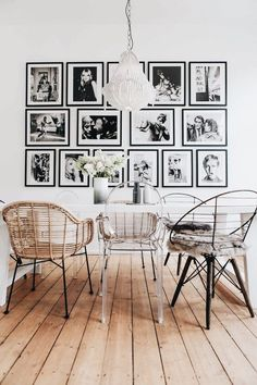 A dining room decor to make your guests feel envy! Grab the best dining room decor ideas to make your dining room design be the best when it comes to modern dining rooms designs. A best of when it comes to interior design ideas. Dining Room Walls, Dining Room Design, Living Room Decor, Dining Room Picture Wall, Dining Chairs, Room Chairs, Design Room, Chair Design, Living Room Wall Ideas