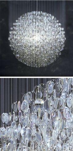 prachtige lamp gemaakt van brillenglazen!