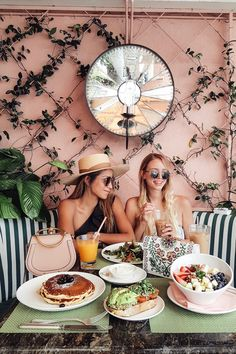 Girls Brunch at Beverly Hills Hotel | LA http://www.ohhcouture.com/2017/05/palm-springs-la-17/ #ohhcouture #leoniehanne