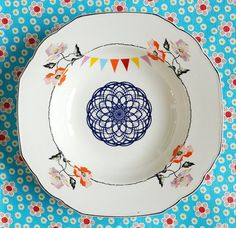 The spirograph, flowers and bunting plate