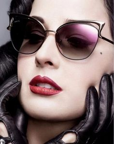 diva-glasses-black-vintage-sun-retro-γυαλιά-ηλίου-καλοκαίρι-blac Cat Eye Sunglasses, Diva, Retro, Stuff To Buy, Shopping, Vintage, Black, Black People, Divas