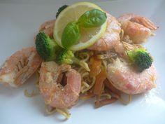 Czary w kuchni- prosto, smacznie, spektakularnie.: Czerwone krewetki z makaronem w stylu azjatyckim Shrimp, Seafood, Meat, Sea Food, Seafood Dishes