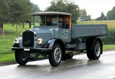 Vintage Trucks, Vintage Auto, Equipment Trailers, Volvo Trucks, Busse, Cars And Motorcycles, Tractors, Antique Cars, Transportation