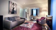 Petit Hôtel Confidentiel Chambéry Located on a pedestrian street in the heart of Chambéry, this hotel is just 100 metres from the Château des Ducs de Savoie Castle. It offers suites with a contemporary decor and free Wi-Fi.