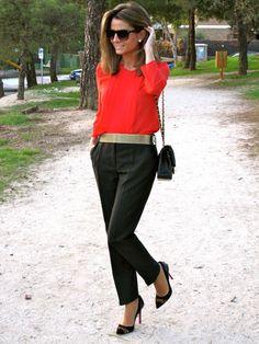 Fashion and Style Blog / Blog de Moda . Post: A Great Color / Un Color Precioso See more/ Más fotos en : http://www.ohmylooks.com/?p=4746 by Silvia García Blanco