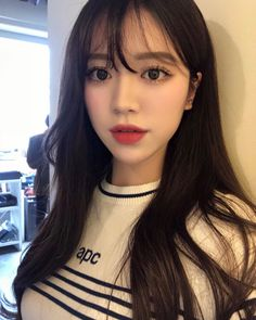Korean Beauty, Asian Beauty, Natural Hair Styles, Long Hair Styles, Ulzzang Korean Girl, Wattpad, Cute Faces, Pretty Face, Cute Hairstyles