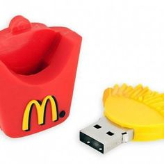 McDonalds French Fries Design USB Flash Drive - Im like crying oh my god Pen Drive Usb, Usb Flash Drive, Cool Technology, Technology Gadgets, Objet Wtf, Cute Stationary, Accessoires Iphone, Usb Gadgets, Cute School Supplies