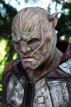 "Joel Harlow's amazing species designs for ""Star Trek Beyond"" #joelharlow #startrek #startrekbeyond #scifi #captainkirk #specialeffects #characterdesign #makeupeffects #makeupmaster"