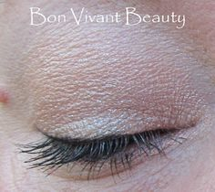 Bon Vivant Beauty: Buxom Stay-There Eye Shadow in Collie.