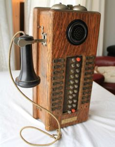 Hotel antique western electric wood wall phone