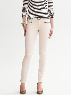 Twill Skinny Ankle Zip Legging (I could never do white jeans/pants, but cream looks nice)