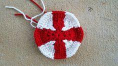 a crochet hexagon inspired by the flag of England for a crochet soccer ball, crochetbug, 2014 world cup, crochet ball, crochet toy