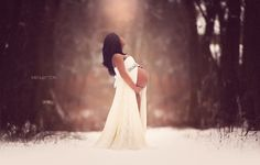 The Kobieta/souls.imagined Split Front Maternity Gown with Lace Overlay  Photo Credit to Meg Bitton Photography