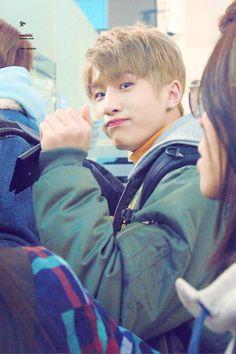 [11.02.17] Astro in Incheon Airport - JinJin