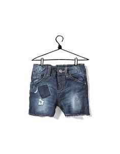Zara ripped demin shorts