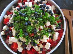 Food N, Food And Drink, Cottage Cheese Salad, Salad Menu, Salad Recipes, Healthy Recipes, Healthy Dinners, Eat Pretty, Macaroni Salad