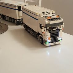 #lego #legomoc #mymoc #mocs #mocnation #norway #legotrucks #legoscania #legoV8 #legoRseries #legomania #thermolego #occublocks #hobby #truck #legobuilder # #MOCFolioApplicant #mocfolio #instalego #instagram #Best_mocs #endless_project #buildmania #truck&drawbar #legotruck_eurostyle #power_functions #advanced_lego #builtnotbought #yeslego #homesweethome Lego Auto, Lego Village, Lego Truck, Lego Models, Lego Technic, Cool Lego, Bricks, Futuristic, Toys