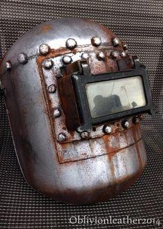 Bioshock 2 - splicer welding helmet - hand painted - modified Welding Beds, Diy Welding, Welding Table, Welding Hood, Welder Tattoo, Custom Welding Helmets, Paint Themes, Helmet Paint, Metal Fab