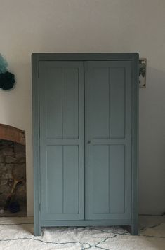 Armoire parisienne rénovée, TAWARA -en vogue-, Nantes Vogue, Furniture, Home Decor, Refurbished Cabinets, Dressers, Nantes, Chart, Homemade Home Decor, Home Furnishings
