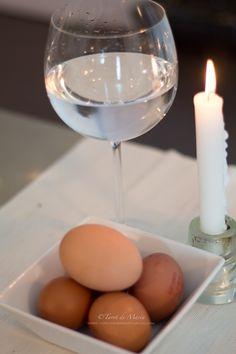 Para saber si tienes mal de ojo y hacerte una limpieza, hoy he querido explicar cómo se realiza con este Ritual tan antiguo que es el del Huevo y la copa de Agua.  Es muy sencillo de hacer y seguro que os sonará ya que es el ritual más socorrido a la …