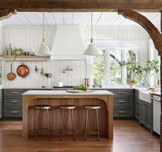Green Cabinets, Kitchen Cabinets, Kitchen Island, Design A Space, House Design, Kitchen Trends, Kitchen Ideas, Rustic Kitchen, Green Kitchen