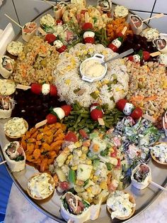 Couscous Healthy, Morrocan Food, Chicken With Olives, Food Goals, Arabic Food, Food Diary, Food Design, High Tea, Brunch
