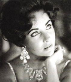 Elizabeth Taylor at the Tropicana in Las Vegas in 1959