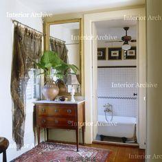 Small bathroom (Interior Archive)
