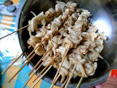 Amal's Kitchen : Simple & Easy Recipes: Sate Jamur Tiram ala Amal's Kitchen Easy Meals, Easy Recipes, Pasta Salad, Yummy Food, Vegan, Chicken, Simple, Ethnic Recipes, Kitchen