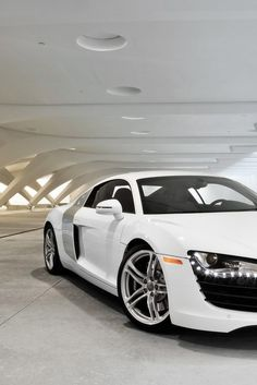 Dream Car: Audi R8 and I love  !!