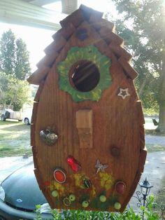 More birdhouse decoration