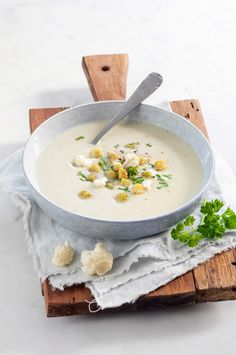 Gazpacho, Cheeseburger Chowder, Food Inspiration, Doi Song, Dinner, Healthy, Kitchen, Drinks, Kitchens